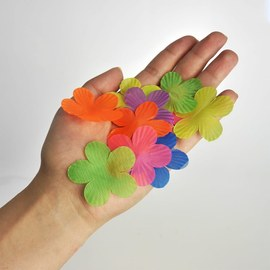 Decorative Hawaiian flowers - Table confetti - 900 pieces – Bild 2